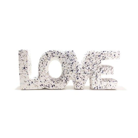 Decoração Palavra Love Com Detalhes