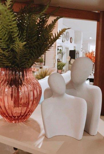Escultura Casal de Cimento Cinza com 2 peças
